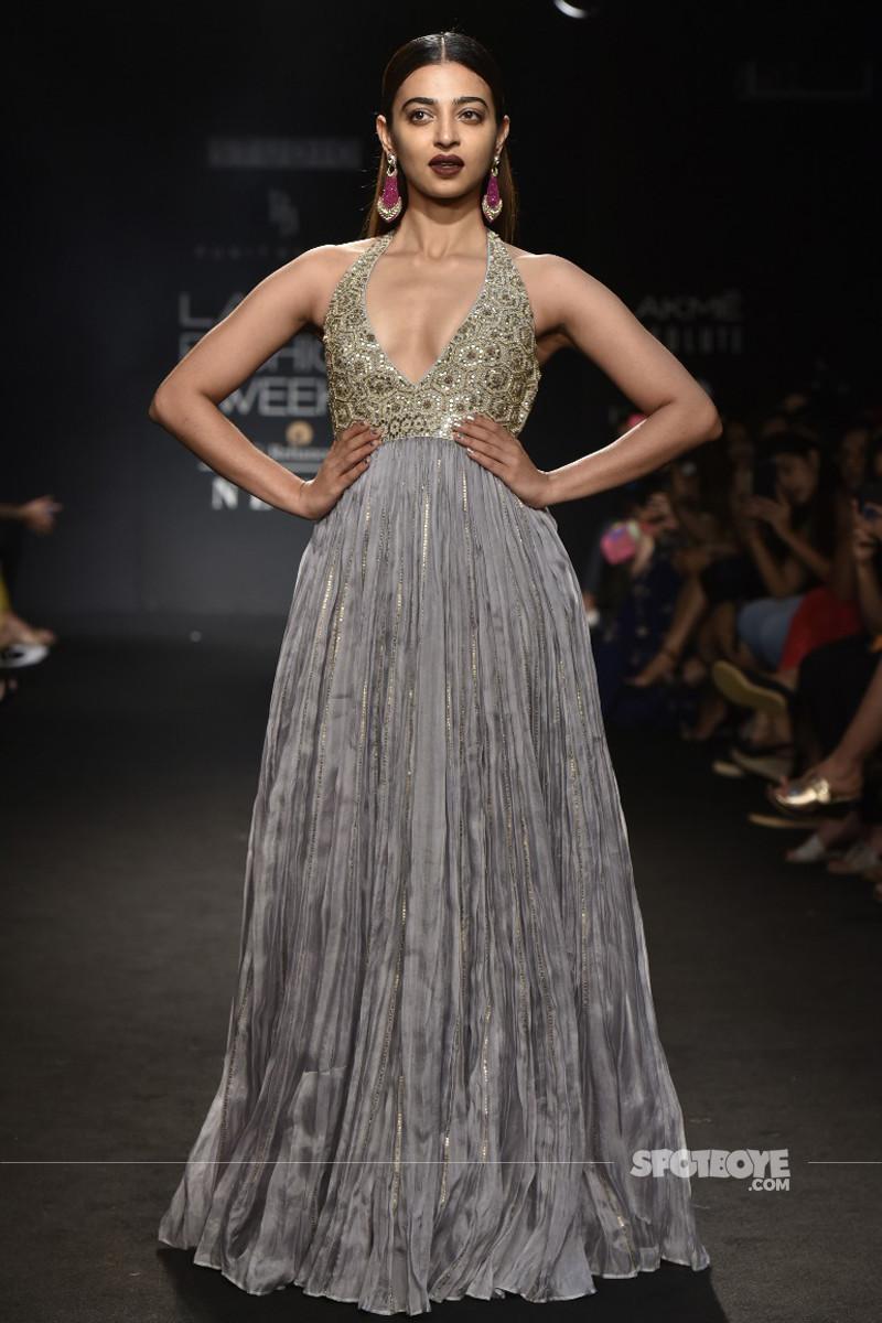 radhika apte at lakme fashion week 2018