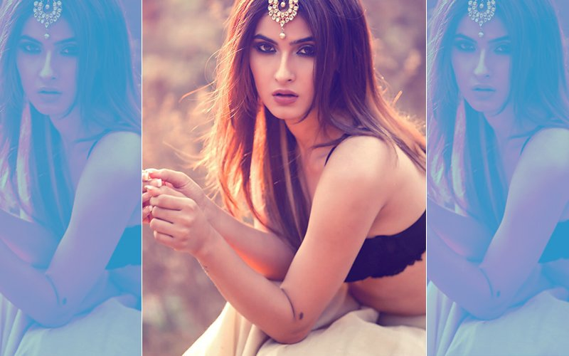 INTERNET SENSATION Ragini MMS Returns Hottie Karishma Sharma Goes BOLDER
