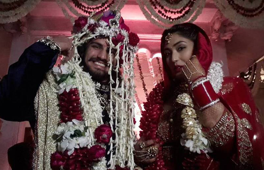 rajat tokas with wifey at his wedding