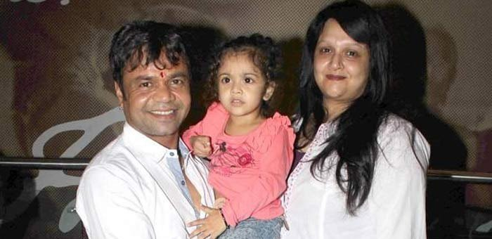rajpal yadav with wife and daughter