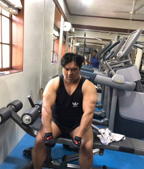 ram kapoor working out at gym