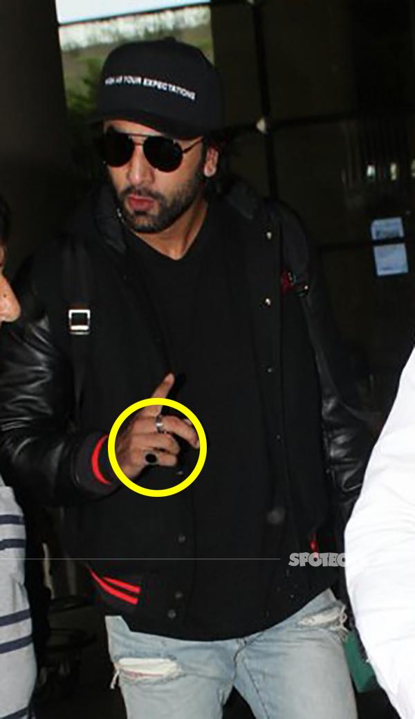 ranbir kapoor wears rings on his finger