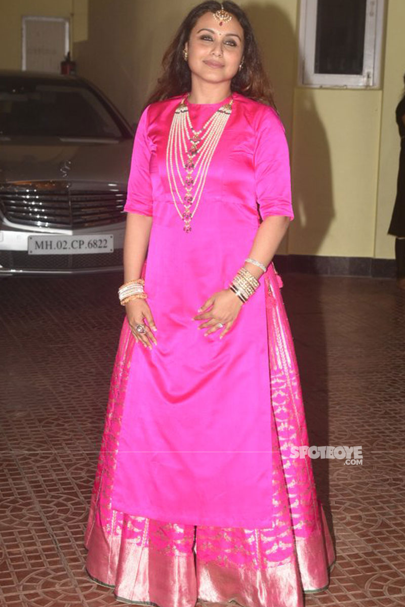 rani mukerji looks gorgeous at her diwali bash
