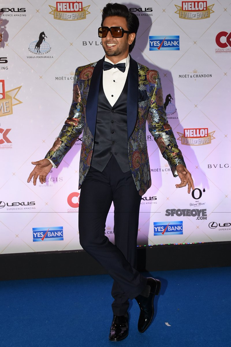 ranveer singh at hello hall of fame awards