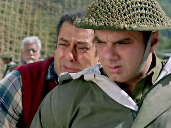 real life brothers salman and sohail in tubelight