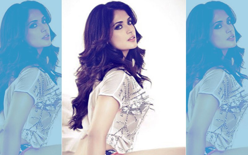 Richa Chadha's DARING Picture On The Internet, CLICK HERE