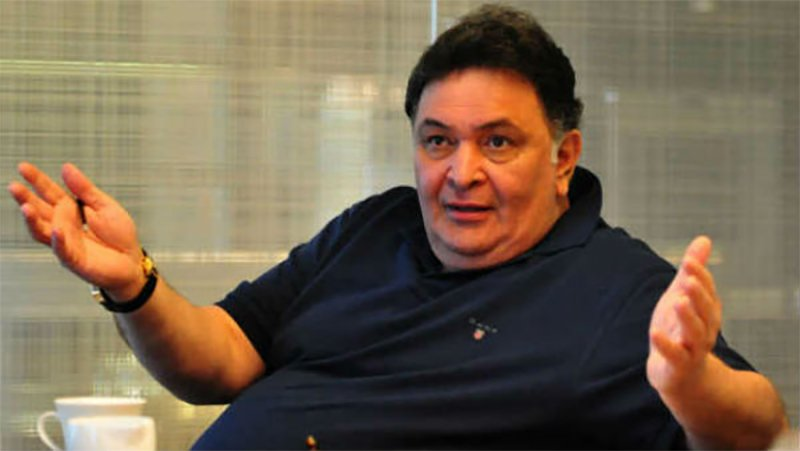 rishi kapoor refuses a fan to click pics with him