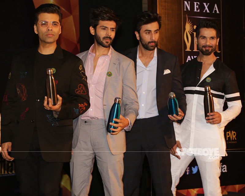 Karan Johar Kartik Aryan Ranbir Kapoor And Shahid Kapoor Posing At IIFA Photo Shoot