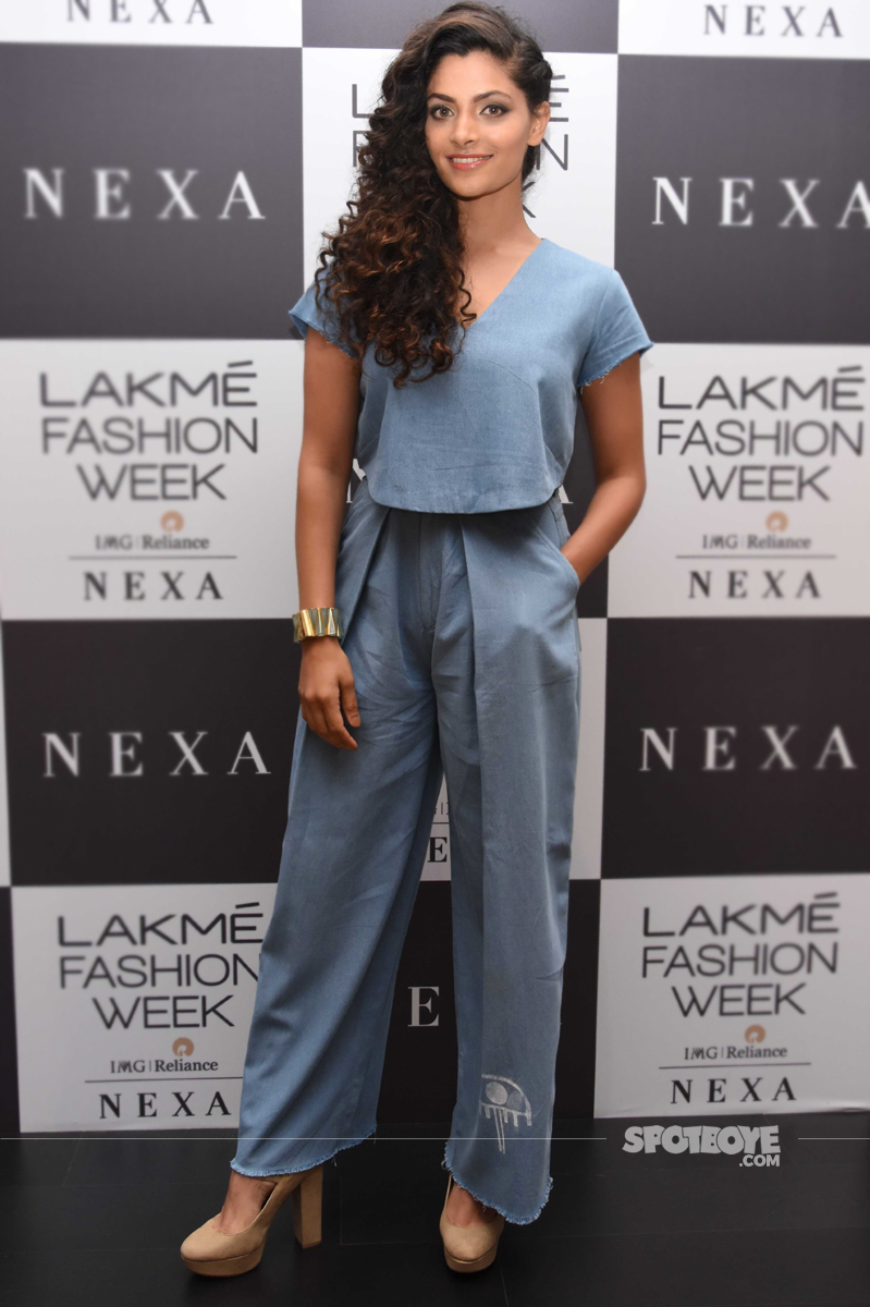 saiyami kher at lakme fashion week