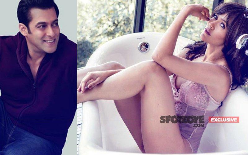 Divorced Waluscha De Sousa Is Salman Khan's New Muse
