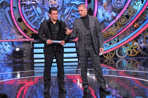 salman khan and akshay kumar on bigg boss 11