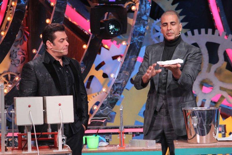 salman khan and akshay kumar prepare a sanitary napkin