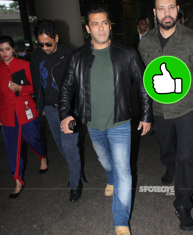 salman khan at the airport