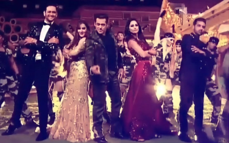 Bigg Boss 11: Salman Khan Shakes A Leg With Vikas Gupta, Hina Khan, Shilpa Shinde & Puneesh Sharma