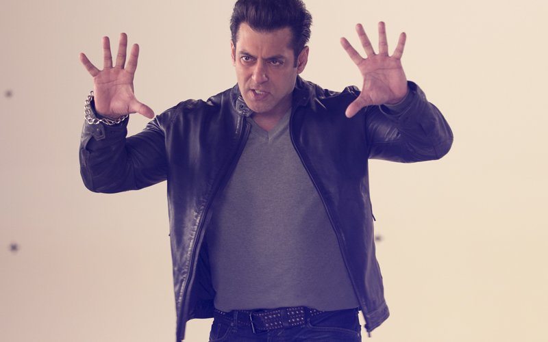10 Ka Dum Promo: Salman Khan Shoots For The Show After 8 Years!