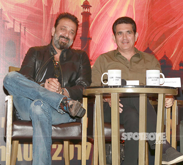 sanjay dutt with omung kumar during bhoomi promotions
