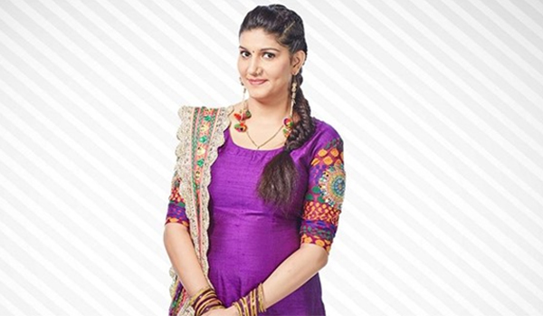 sapna chaudhary love bite from bigg boss hot pic