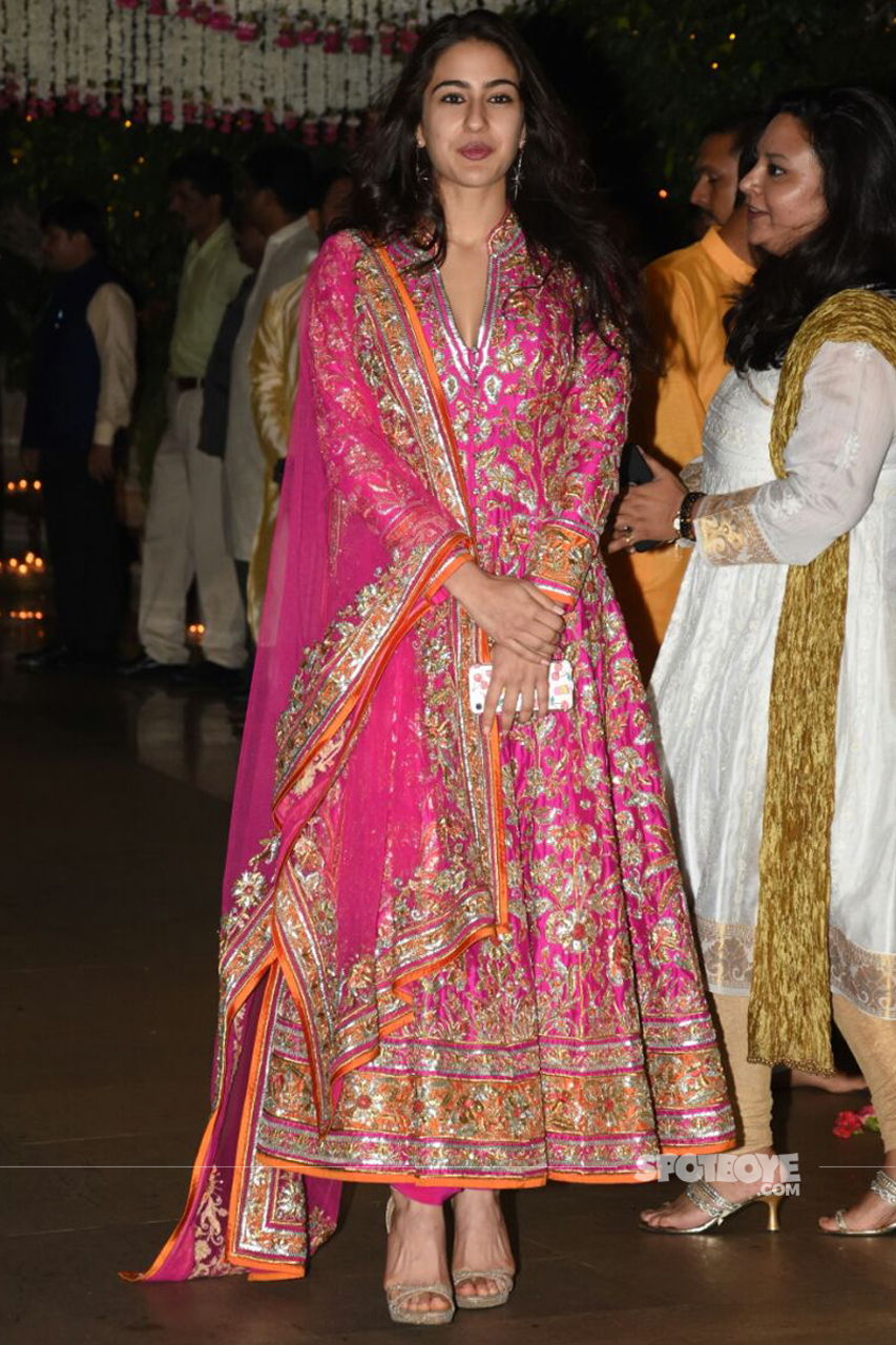 sara ali khan at ambani ganpati celebration party