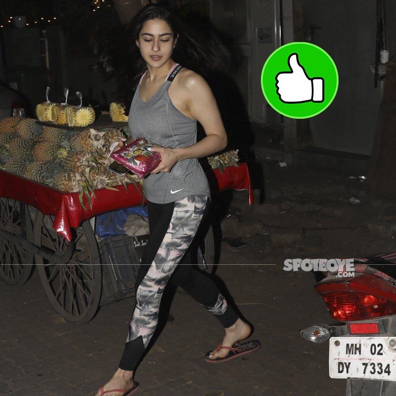 sara ali khan snapped at kitchen garden bandra