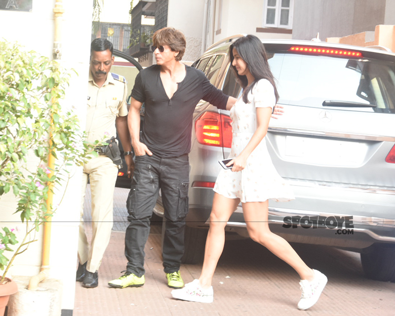 shah rukh khan and katrina kaif head together out for lunch