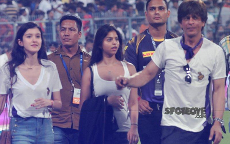 IPL Fever: Suhana Khan & Shanaya Kapoor Cheer For Shah Rukh Khan's KKR