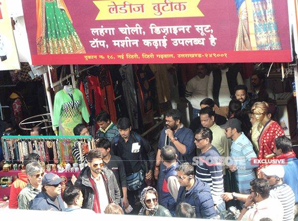 shahid kapoor at the set of batti gul meter chalu