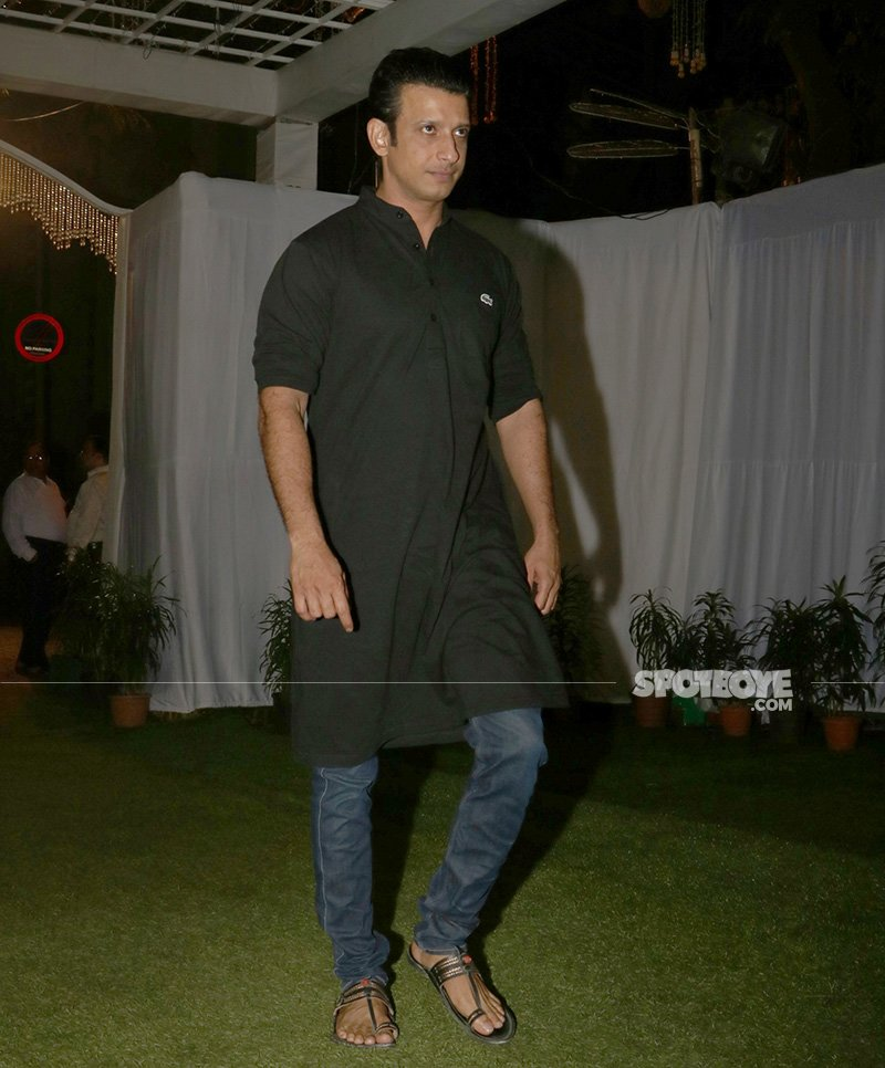sharman joshi at neeraj vora s prayer meet