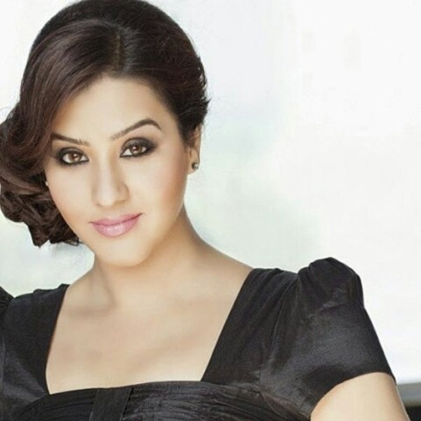 the bhabhiji ghar par hain actress no less than diva in the picture