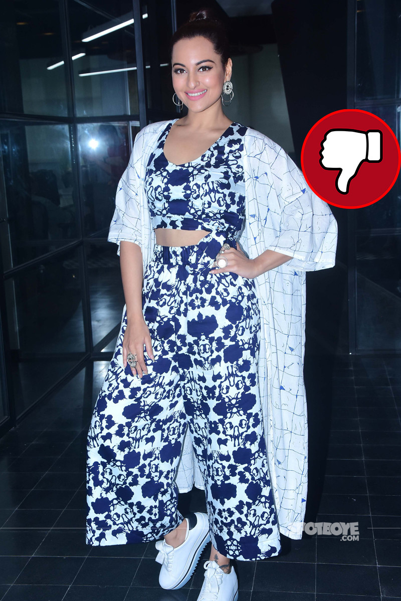 sonakshi sinha snapped at happy phirr bhag jayegi promotions