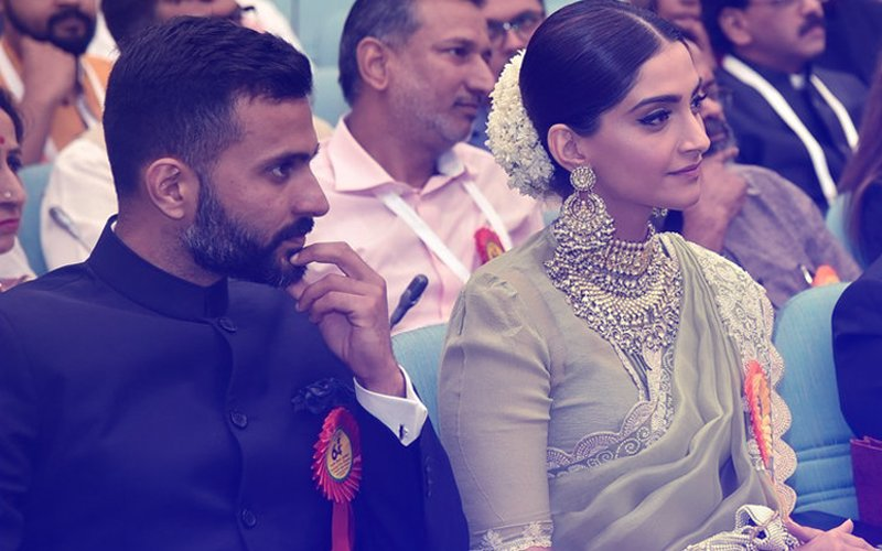 Sonam Kapoor Attends National Awards With Boyfriend Anand Ahuja!