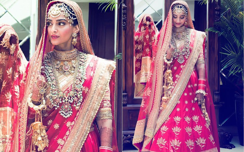 लाल लहंगा पहन अपनी शादी में किसी  परी से कम नहीं लग रही हैं सोनम कपूर