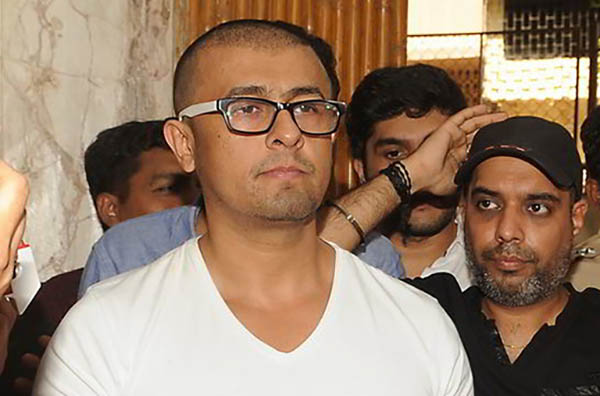 sonu nigam bald look post azaan controversy