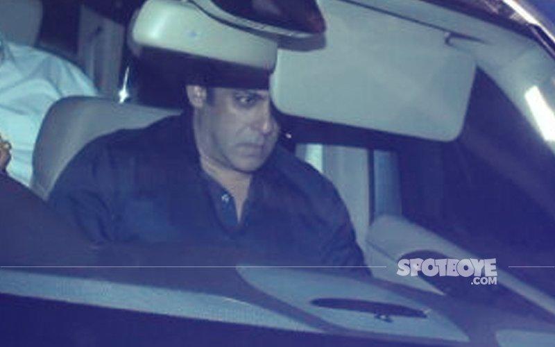 अलविदा श्रीदेवी: पिछली रात सलमान खान भी पहुंचे एक्ट्रेस के घर