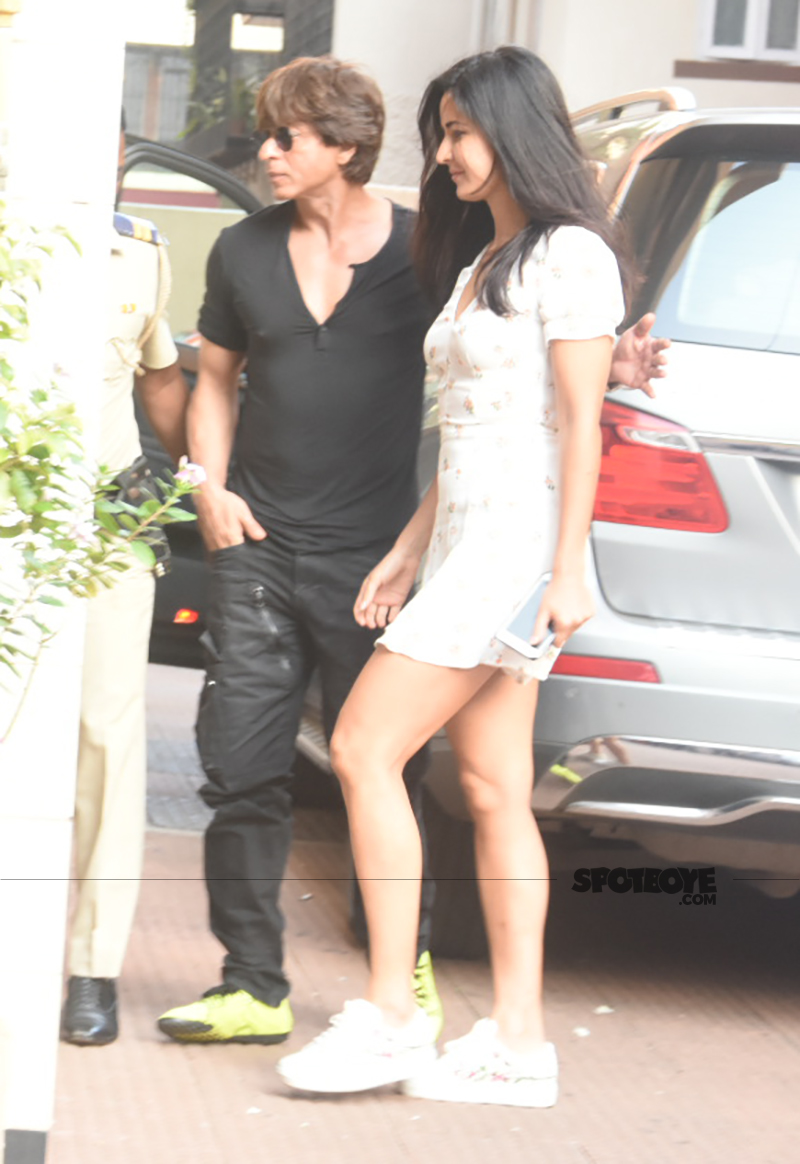 srk and katrina spotted together for lunch at bastian