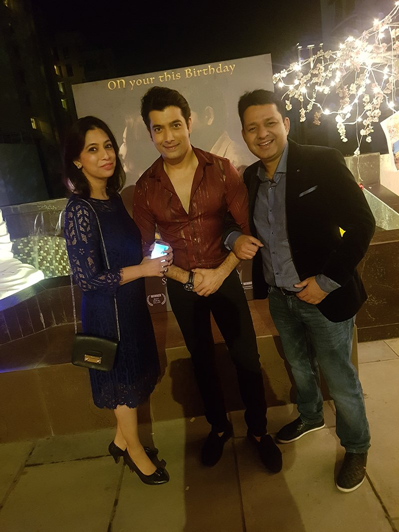 ssharad with sister reema and brother in law gaurav pawa