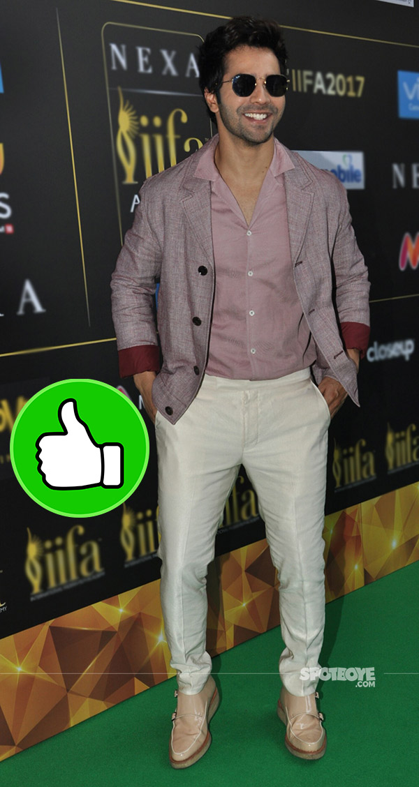 stunning varun dhawan at iifa press conference