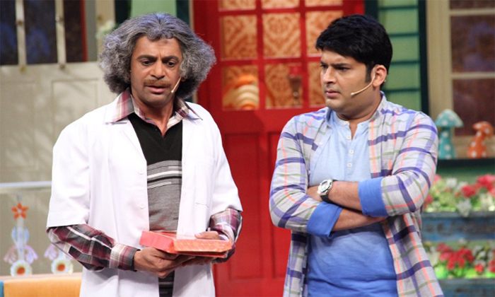 sunil grover and kapil sharma in the kapil sharma show