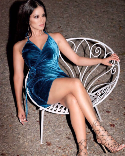 sunny leone in a blue short dress