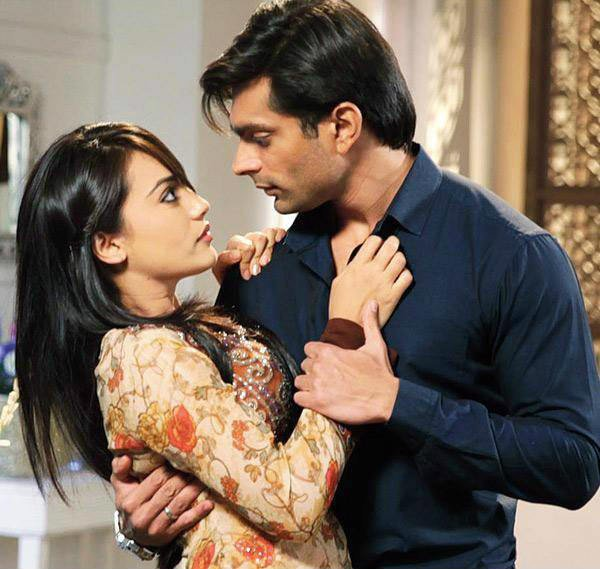 surbhi jyoti and karan singh grover in qubool hai