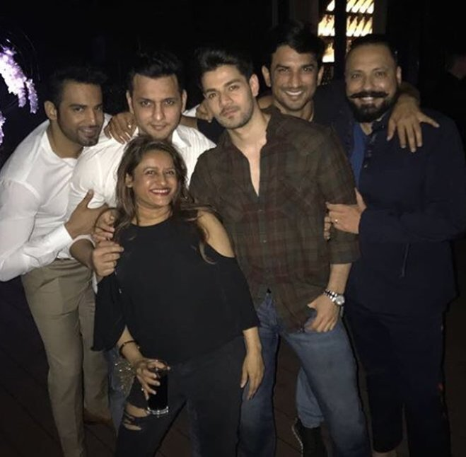 sushant singh rajput parties with bunty walia