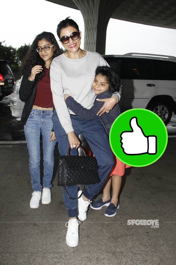 sushmita sen and daughter snapped at the mumbai airport