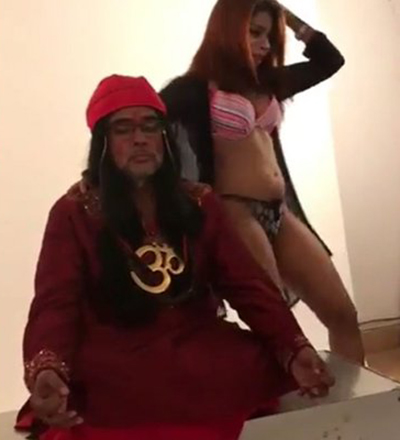 swami om gets a lap dance