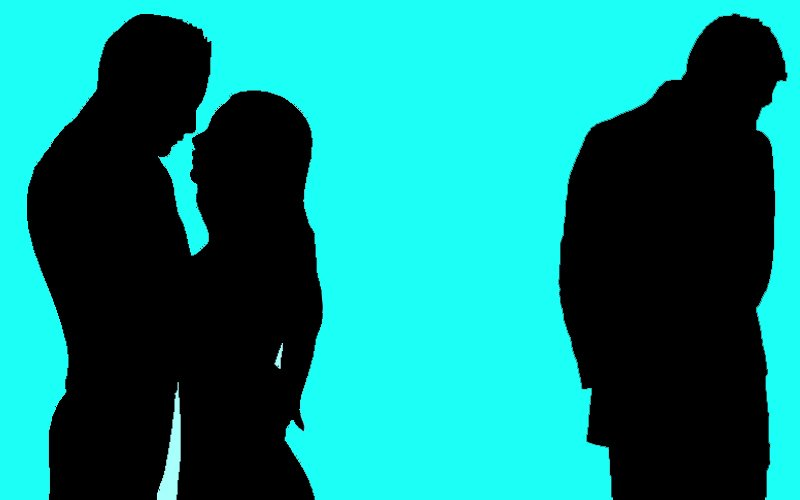 DHOKA: This TV Actress Is Cheating On Her Husband With His Best Friend