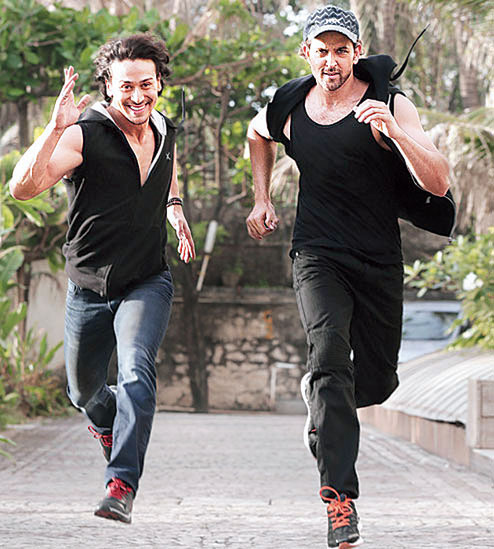 tiger shroff and hrithik roshan race against each other