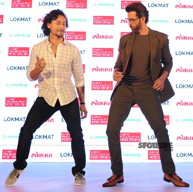 tiger shroff and hrithik roshan shake a leg