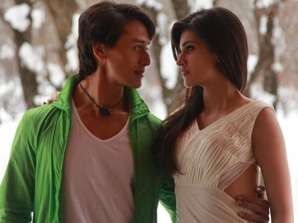tiger shroff and kriti sanon in a still form heropanti