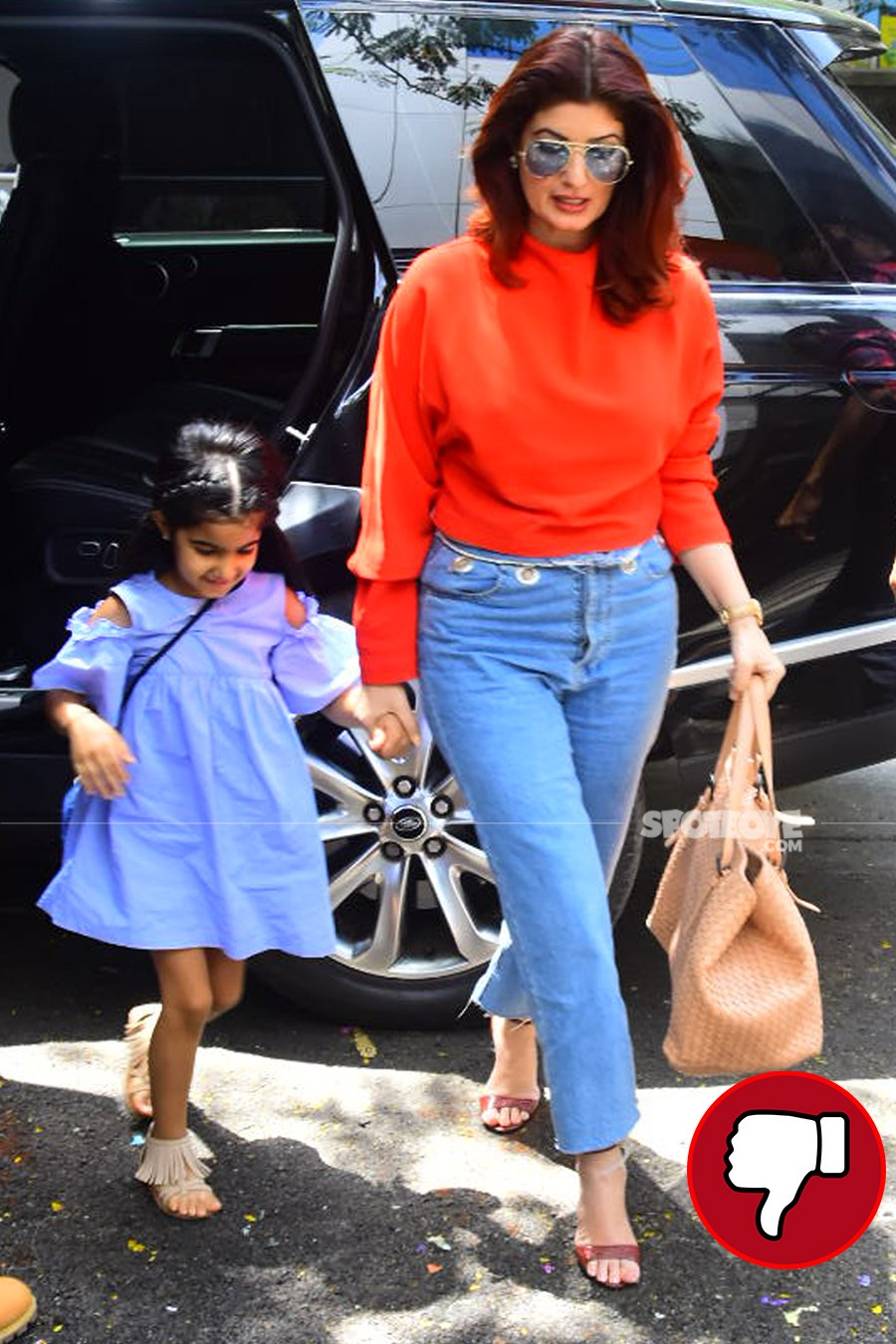 twinkle khanna snapped post lunch