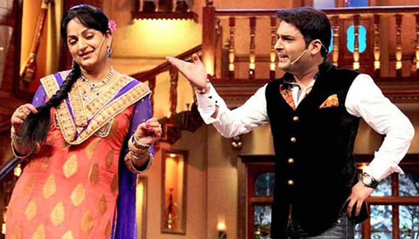 upasna singh and kapil sharma in a still from comedy nights with kapil