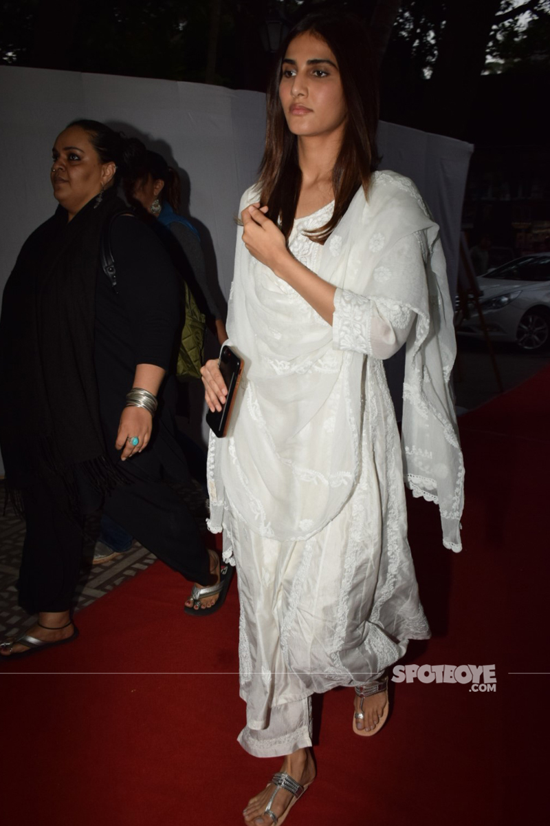 vaani kapoor at ram mukerji prayer meet