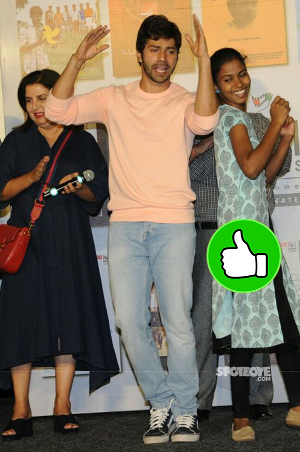 varun dhawan dances at india alive short film festival launch